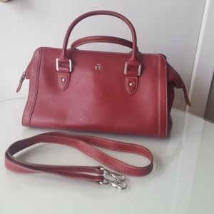 Leather bag with detachable long handle